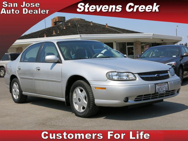 2001 CHEVROLET MALIBU SEDAN silver v6 31 liter automatic power windows  tilt wheel  amfm ste